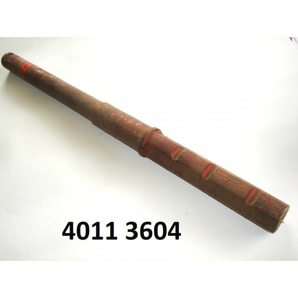 axe de pivot de roue D. pour 440, 4011, 4511