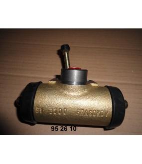 Cylindre récepteur de frein droit